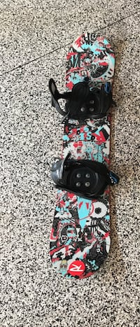 Youth snowboard, bindings and boots