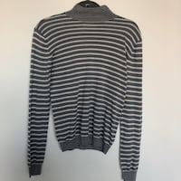 Minimum women's sweater  Victoria, V8V