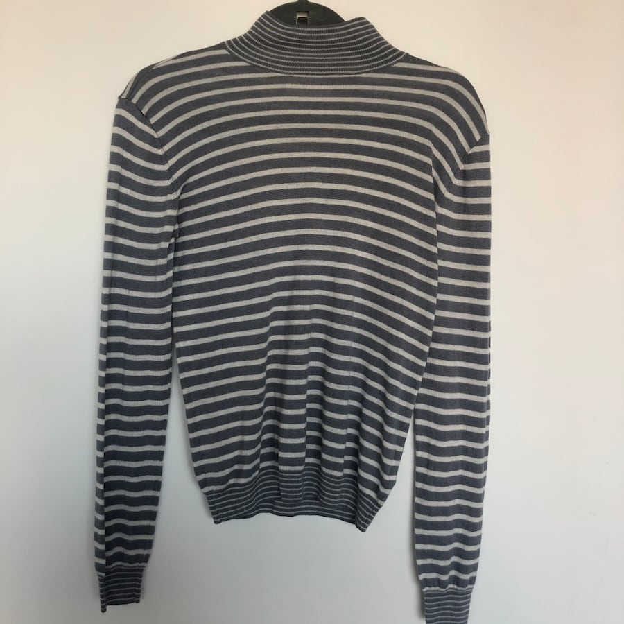 Minimum women's sweater