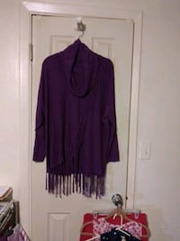 Kate and Mallory ladies sweater with fringe size s Port Richey, 34668