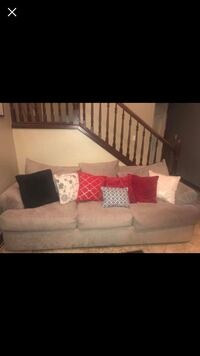 Tan fabric 3-seat sofa, great condition, originally 2500 Stillwater, 74074