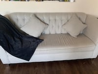 Couch, great condition Calgary, T2Y 0E5