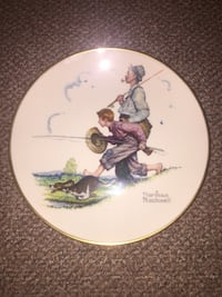 """Authentic Norman Rockwell """"Goin Fishin"""" Plate White Plains, 10606"""