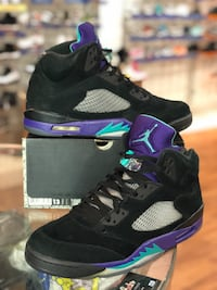 Black grape 5s size 13 Silver Spring, 20902