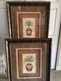 Pair of Decorative Pictures Negotiable Little Rock, 72227