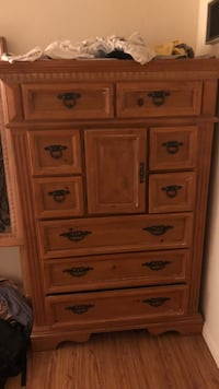Solid oak tall dresser Los Angeles, 90046