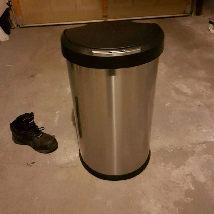 Semi-Round Sensor Trash Can