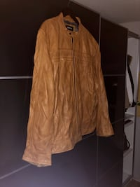 Danier Leather Jacket 3XL caramel brown.  Cambridge, N3C 2P4