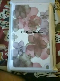white and pink floral iPhone case Winchester, 40391