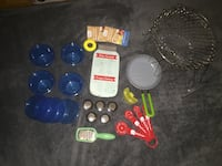 New & used 22pc kitchen items set-$2 Hyattsville, 20784