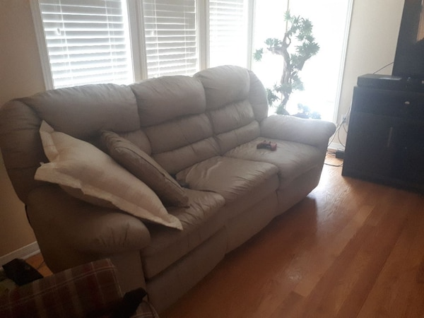 Used Sofa Elran 3 Et 1 Place Et Bergere For Sale In Terrebonne Letgo