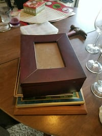 Picture frame box with more frames inside