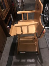 Antique High chair all original Edmonton, T5M 0S5