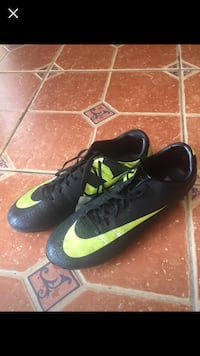 black-and-yellow Nike cleats Reston, 20190