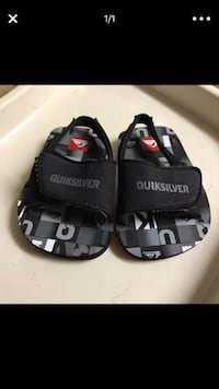 Baby Quicksilver slippers  Honolulu, 96817