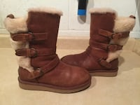 Women's Size 7 UGG Becket Leather Boots London