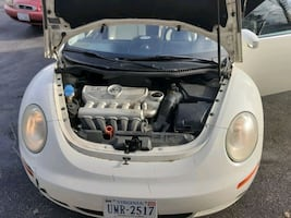 2007 Volkswagen New Beetle Triple White 6AT