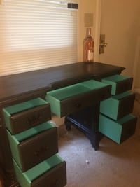 Gorgeous refinished antique desk Norfolk, 23503
