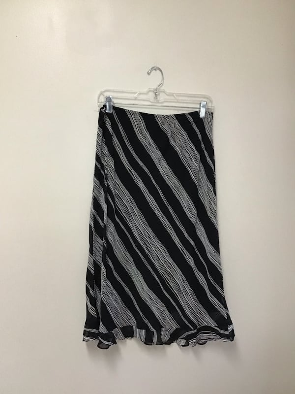 Women's DONNA RICCO 100% rayon fully lined black & white skirt…Size-12 eef36c27-ccc0-4d98-873f-05b68dec09e5