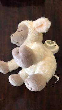 white and brown bear plush toy Broadlands, 20148