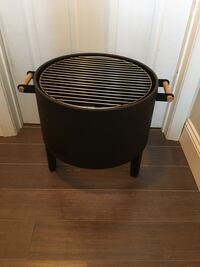 Antique BBQ with lid East Islip, 11730