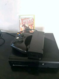 Xbox 360 console with controller