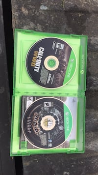 two Xbox One game discs Louisville, 40216