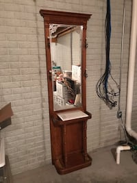 Hall Tree with mirror West Des Moines, 50266