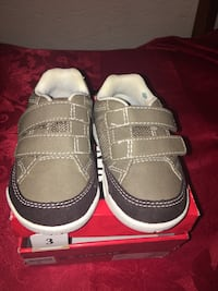 New Airwalk toddler shoes size 3 Palmdale, 93552