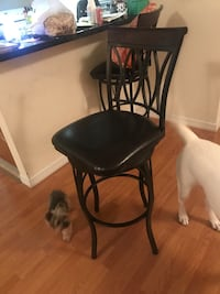 Counter top chairs slidable/swivels Miami Shores, 33138