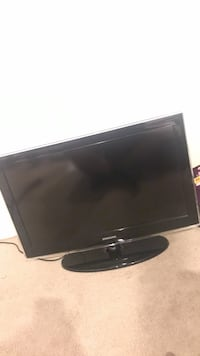 Black Samsung flat screen TV Overland Park, 66223