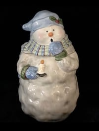 """Adorable ceramic snowman cookie jar in excellent condition! 12 x 6"""" Caledonia, 49316"""