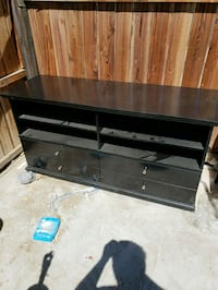 Tv stand Bakersfield, 93308