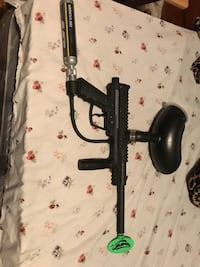 Black Outcast paintball gun Clarksville, 72830