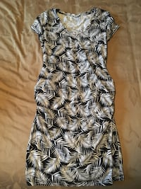 Old navy maternity mini dress