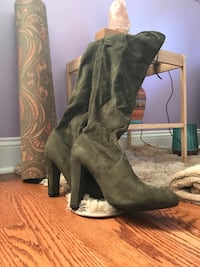 "Steve Madden olive green ""gorgeous"" boots Silver Spring, 20902"
