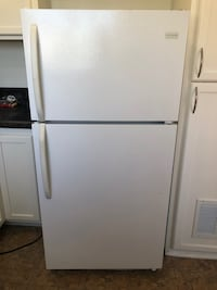 Next to new white refrigerator! Montebello, 90640