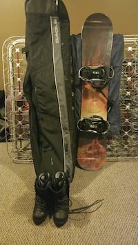 brown and black snowboard with bindings Akron, 44320