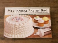Never Opened! Williams Sonoma Mechanical Pastry Bag Tysons, 22102
