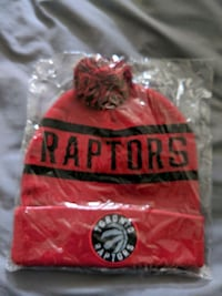 Raptors toque new. Pickering, L1V 7B3