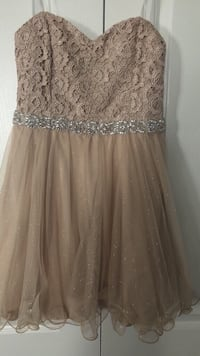 Beautiful beige dress size 13 youth  Vaughan