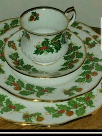 Vintage fine Bone china made in England in mint co Cleveland, 44111