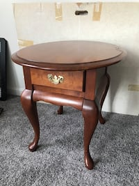Solid Cherry Side Table Hagerstown, 21740