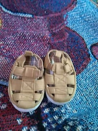 pair of toddler's brown sandals Coalinga, 93210
