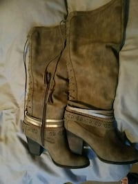 Boots..knee high..6M..worn only once Phoenix, 85051