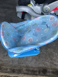 Baby bath or water seat.  Maryville, 37804