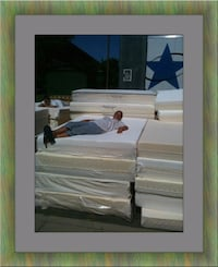 Queen soft mattress with boxspring Adelphi