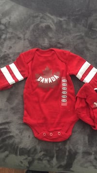 NEW! Canada long sleeves 6-12M Toronto, M6M 5J9