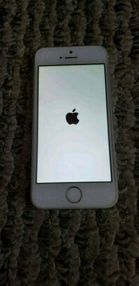 iPhone 5s 16 GB for Tmobile with accessories Chicago, 60638
