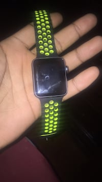space gray aluminum case Apple Watch series 3with black sports band Washington, 20020